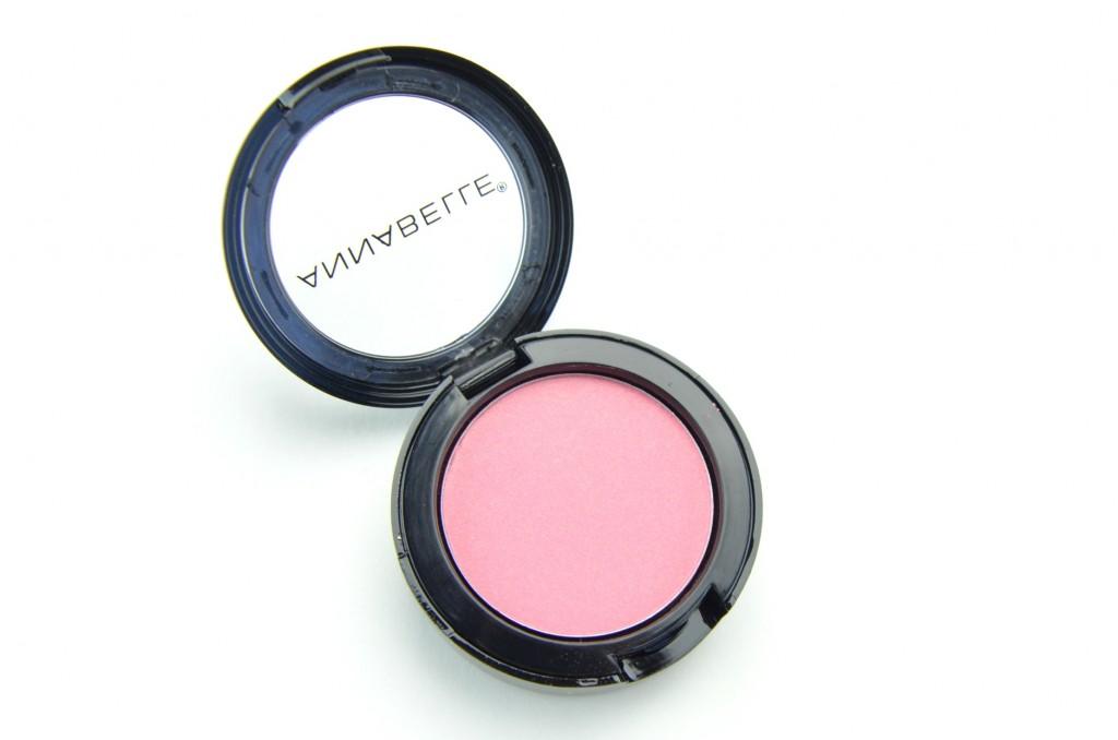 Annabelle blush, spring time blush, spring blush, pink blush, pink cheeks, Annabelle Blushon , beauty blogger
