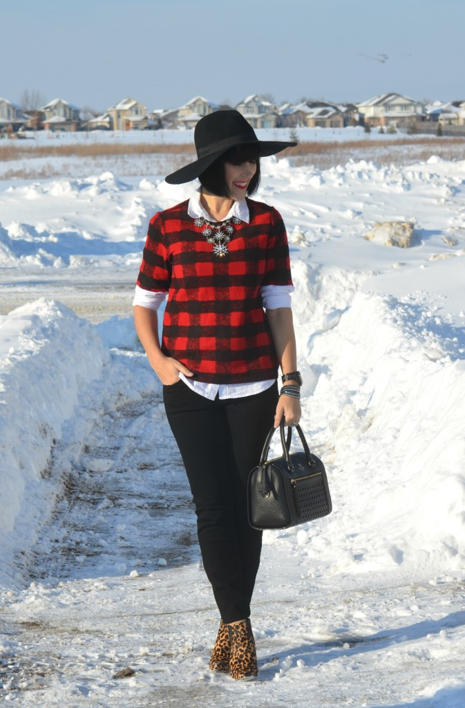 What I Wore, Buffalo Plaid Top, Joe Fresh, White Blouse, The Gap, Necklace, Cocoa Jewelry, Bracelet, Swarovski, Watch