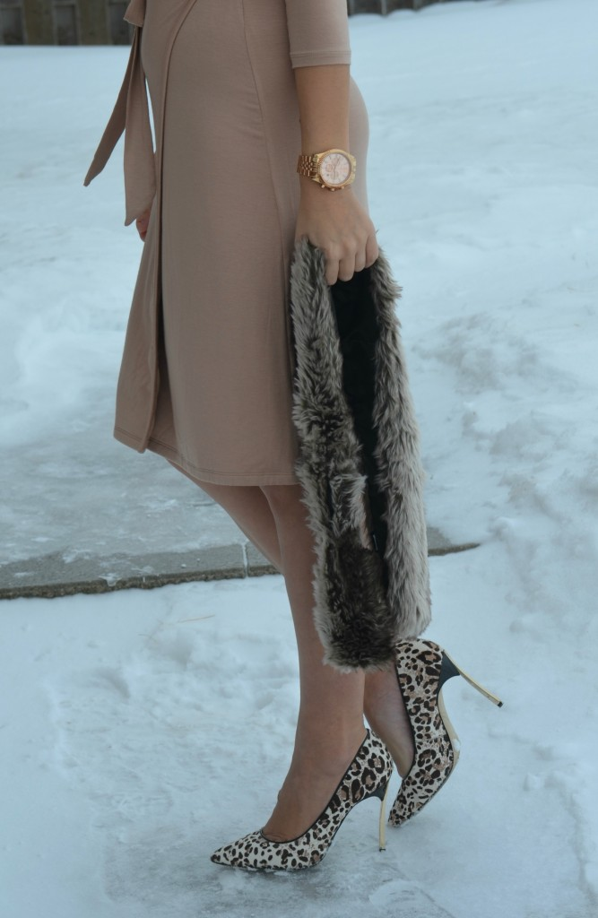 nine west pumps, wrap dress, pale pink dress, blush pink dress,animal print pumps