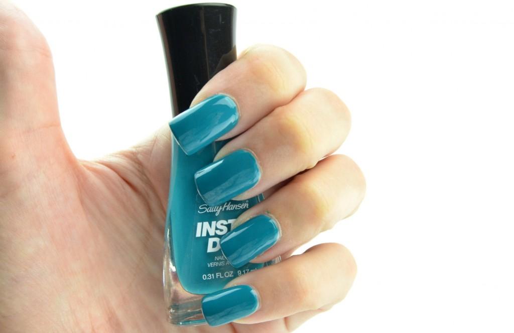 Sally Hansen Insta-Dri, sally hansen nail polish, quick drying nail polish, sally hansen polish, insta-dri