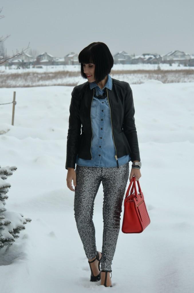 WIW, blue Denim Top, Smart Set denim blouse, black Faux Leather Jacket, H&M leather jacket, black statement Necklace, Very Valero black necklace, clear crystal Bracelet, Swarovski jewelry