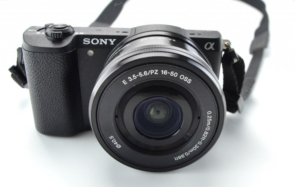 Sony A5100 Mirrorless Camera w1650mm Zoom Lens  (1)