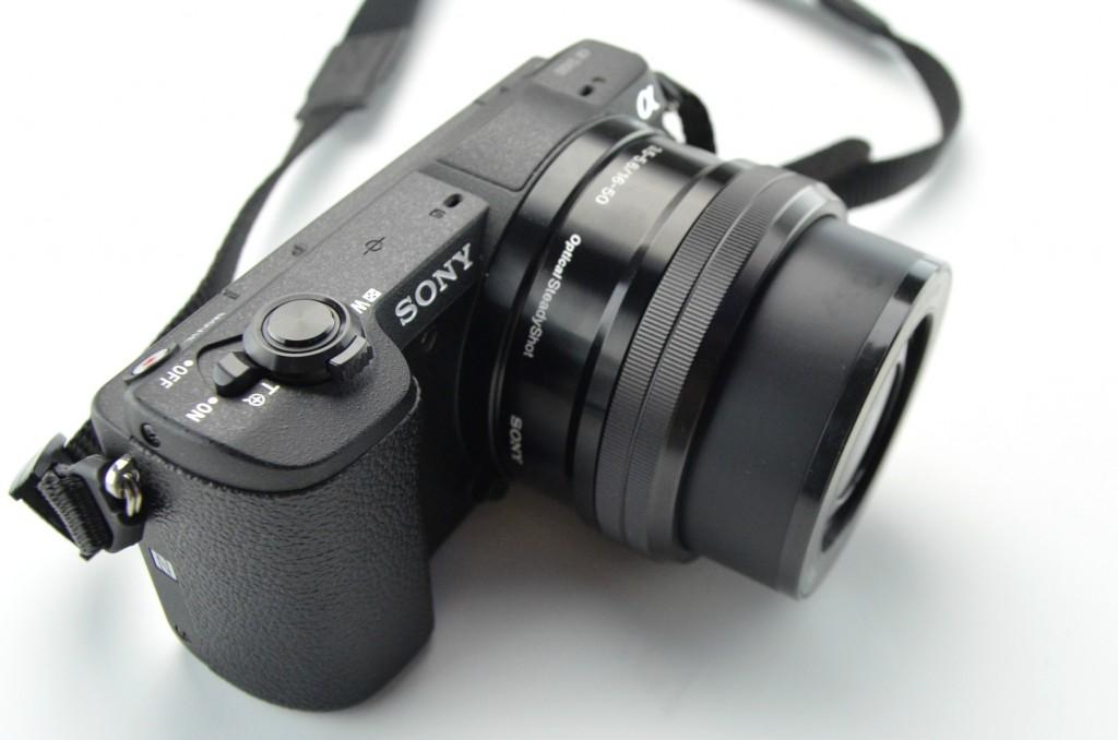Sony A5100 Mirrorless Camera w1650mm Zoom Lens  (4)