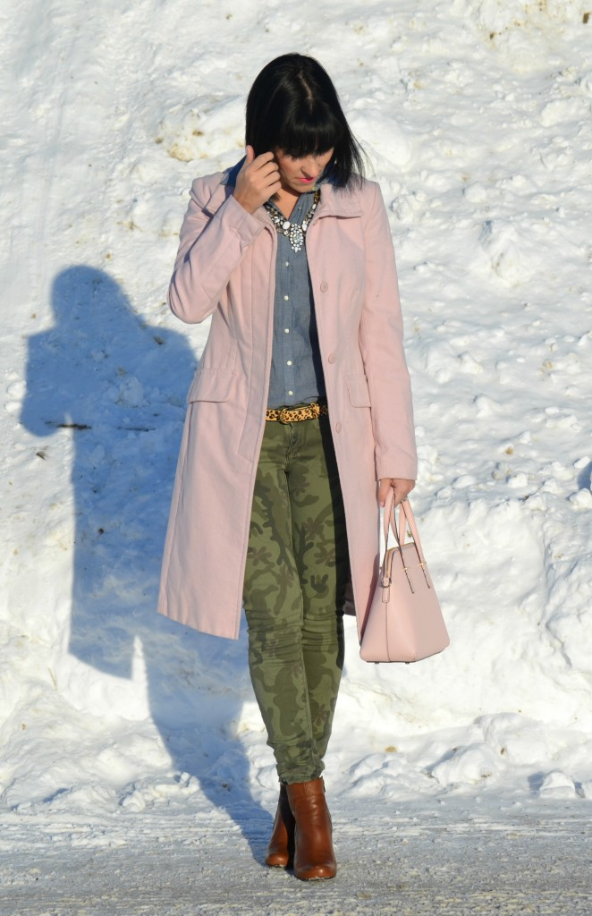 What I Wore, denim shirt, smart set blouse, white statement necklace, Jewlz From Lineve, pink coat, Jacob winter coat, pale pink winter coat, kate spade purse, pink kate spade purse