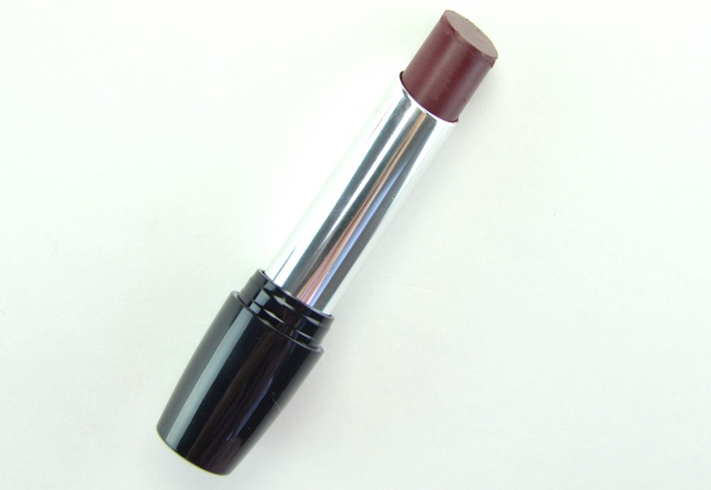 Avon Ultra Color Lipstick, avon lipstick, canadian beauty blog, avon ultra lipstick, full coverage lipstick, lippe