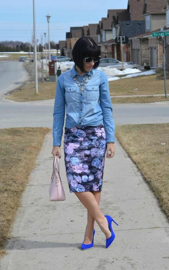What I Wore, Denim Shirt, Smart Set blouse, statement necklace, Cocoa Jewelry, black oversize sunglasses, black letter print sunglasses, kate spade purse, shopbop handbag,  floral skirt