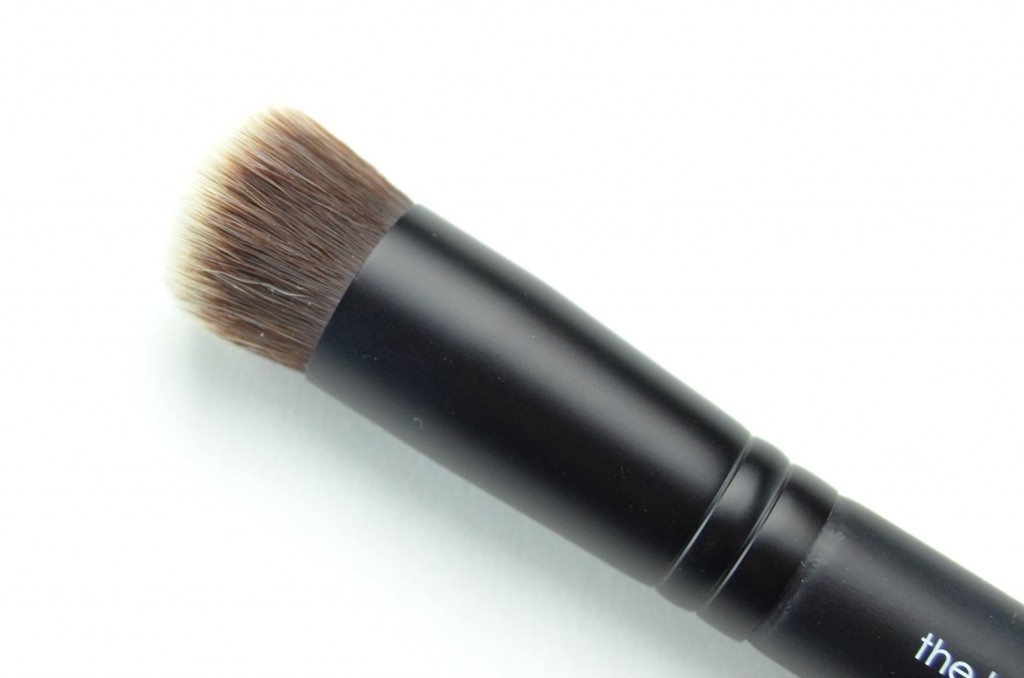 Rodial Highlight Brush  (2)