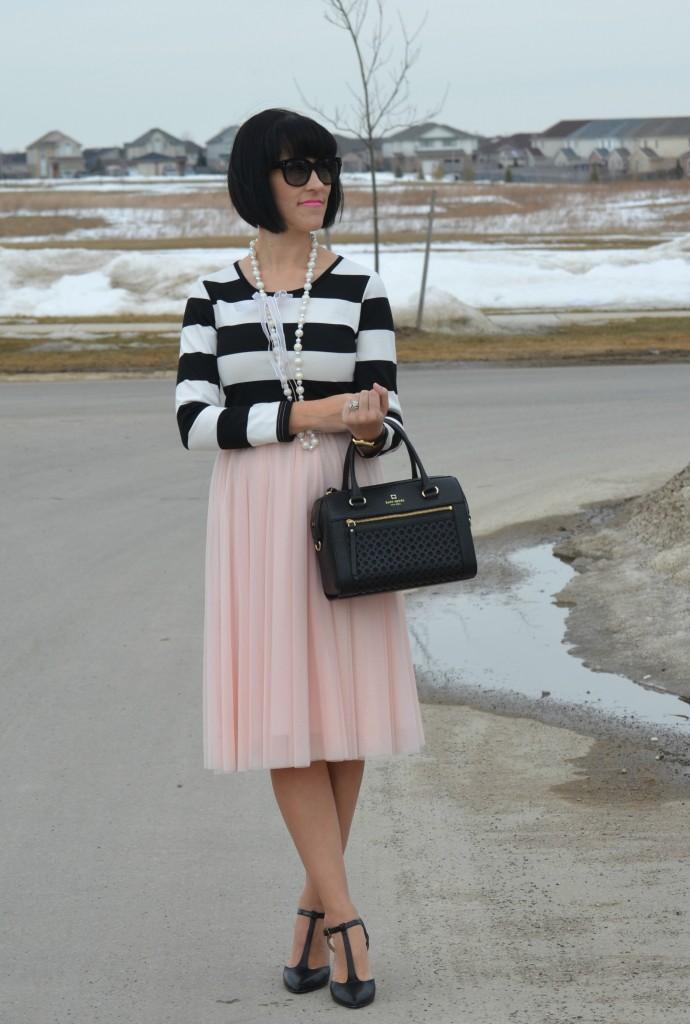 What I Wore, black and white Top, Sheinside top, black Purse, Kate Spade handbag, oversize sunglasses, polette sunglasses, pink skirt, black heels, nine west pumps