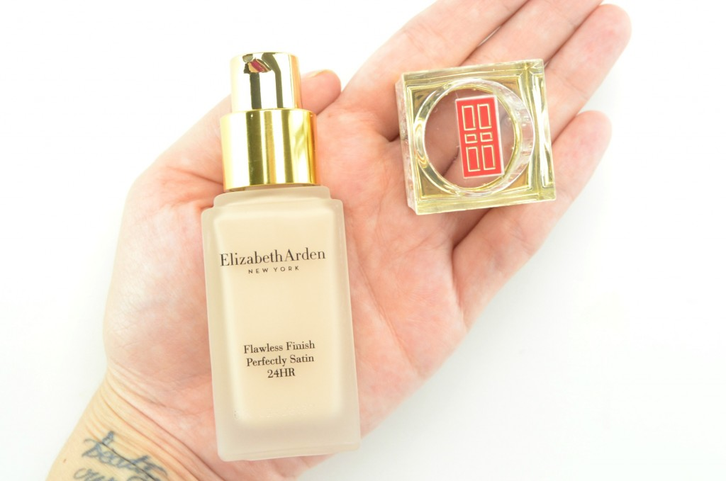 Elizabeth Arden Flawless Finish Perfectly Satin 24HR Liquid Makeup SPF 15 (7)