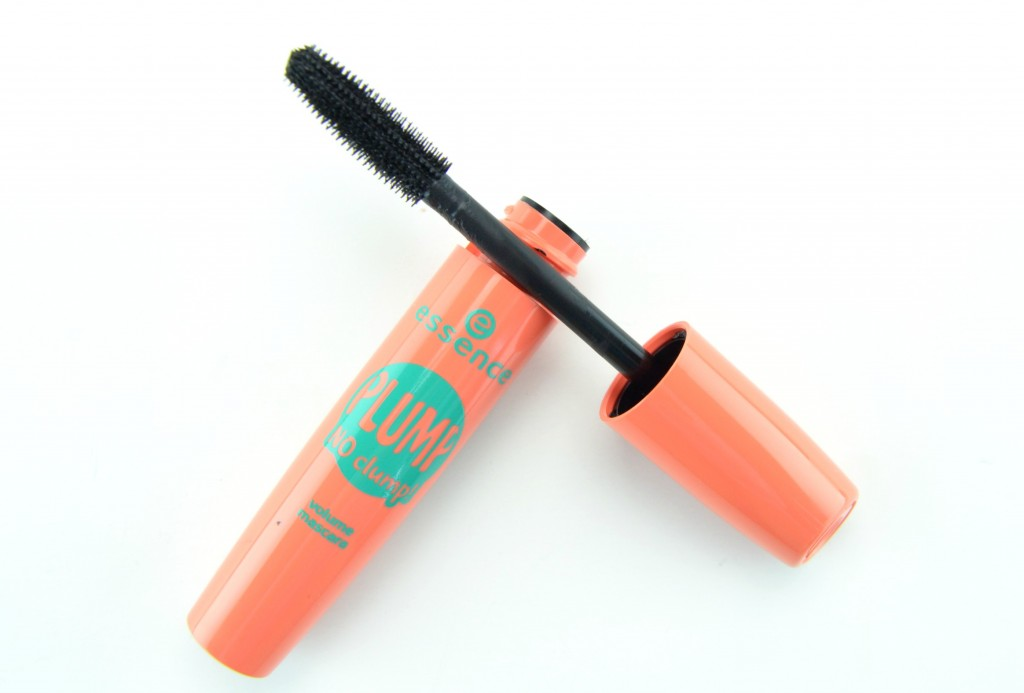 Essence Plump No Clump Mascara, no clump mascara, essence mascara