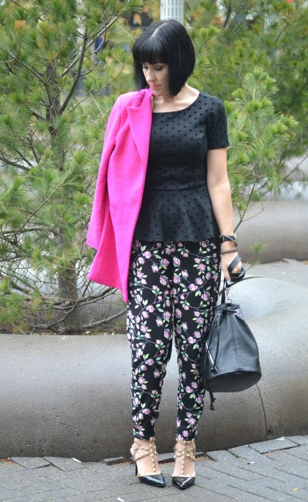 Floral Pants, Lauren Conrad pants, Rockstud Pumps, BCBG pumps, Canadian fashionista, springtime outfit