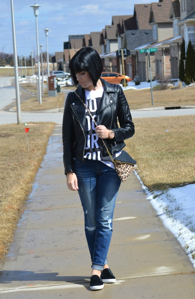 What I Wore, white graphic Tee, Sheinside tee, Faux Leather Jacket,  H&M jacket, Boyfriend Jeans, The Gap boyfriend jeans, Slip-On Sneakers, Kenneth Cole sneakers, Canadian fashionista