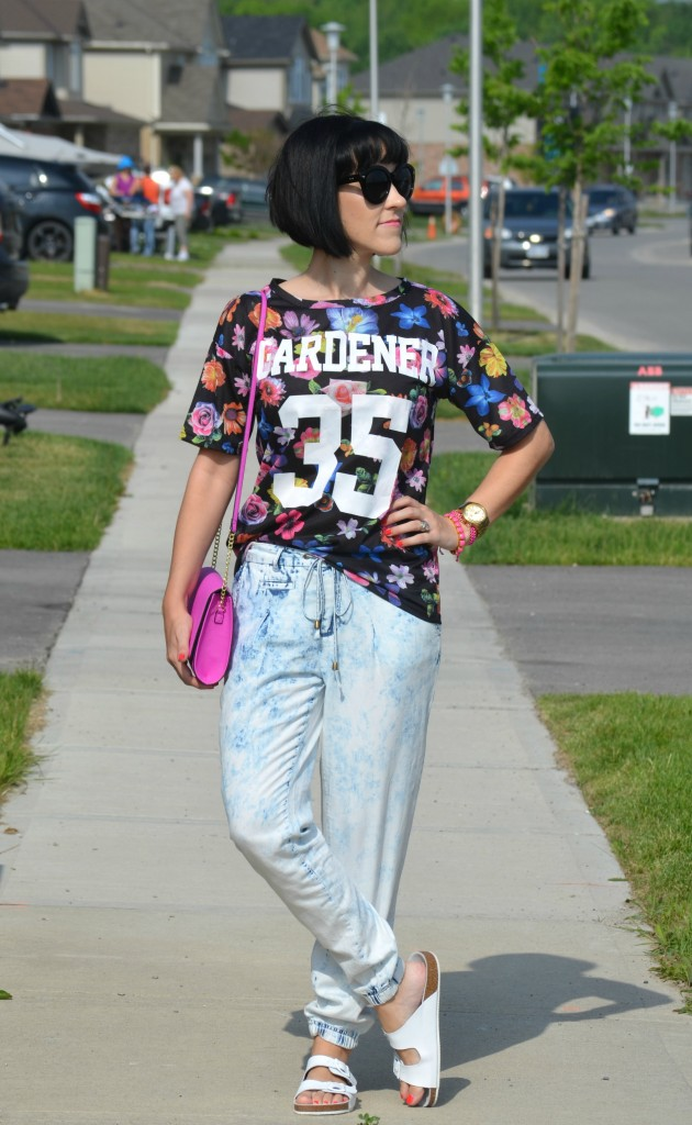 What I Wore, Canadian fashionista, Ever After Fest 2015, Sheinside tee, floral tee, polette sunglasses, gold guess watch, ShopMissA, purple purse, jean joggers, white sandals
