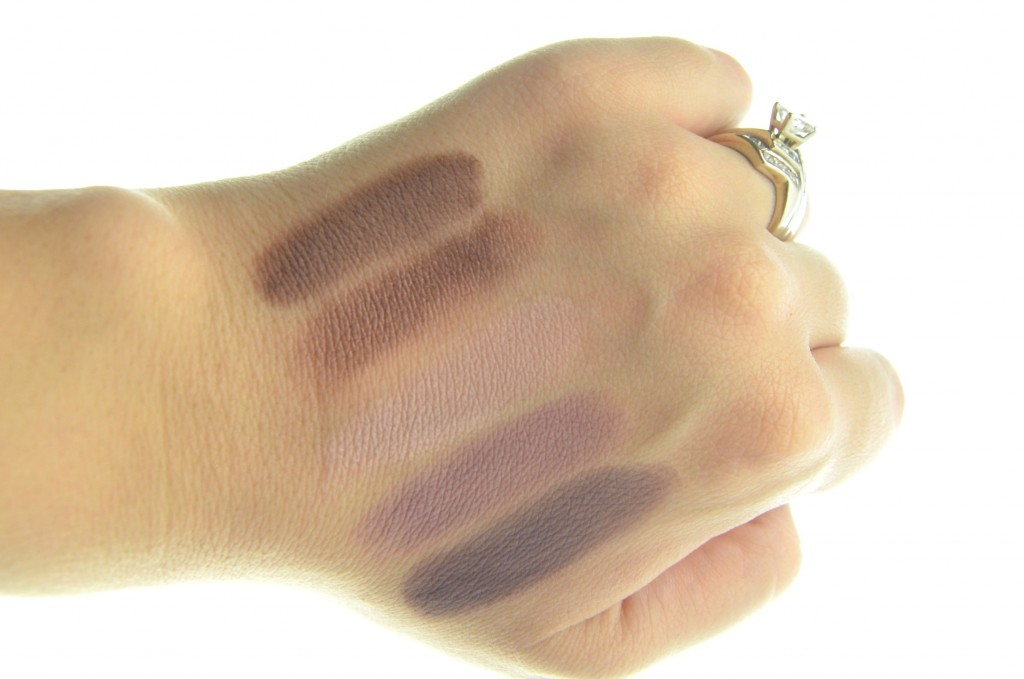 L'Oreal Nude 2 Swatch (2)