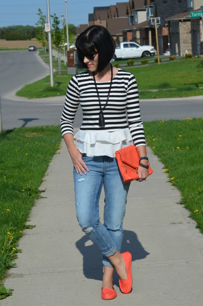What I Wore, black and white striped blouse, Sheinside blouse, oversize Sunglasses, Polette sunglasses, coral clutch, statement necklace, cocoa jewelry, Swarovski wrap bracelet, boyfriend jeans