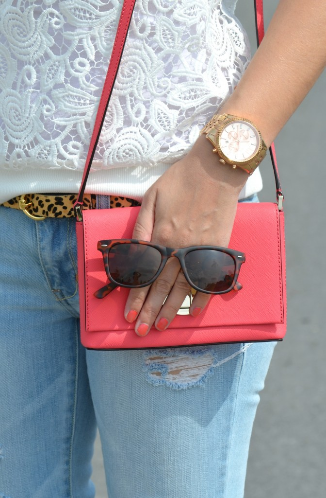 RW & Co white blouse, SelectSpecs sunglasses, tortoise sunglasses, Animal Print Belt, coral kate spade purse, American Eagle skinny jeans, Nude Sandals, Canadian fashionista, Michael kors rose gold watch