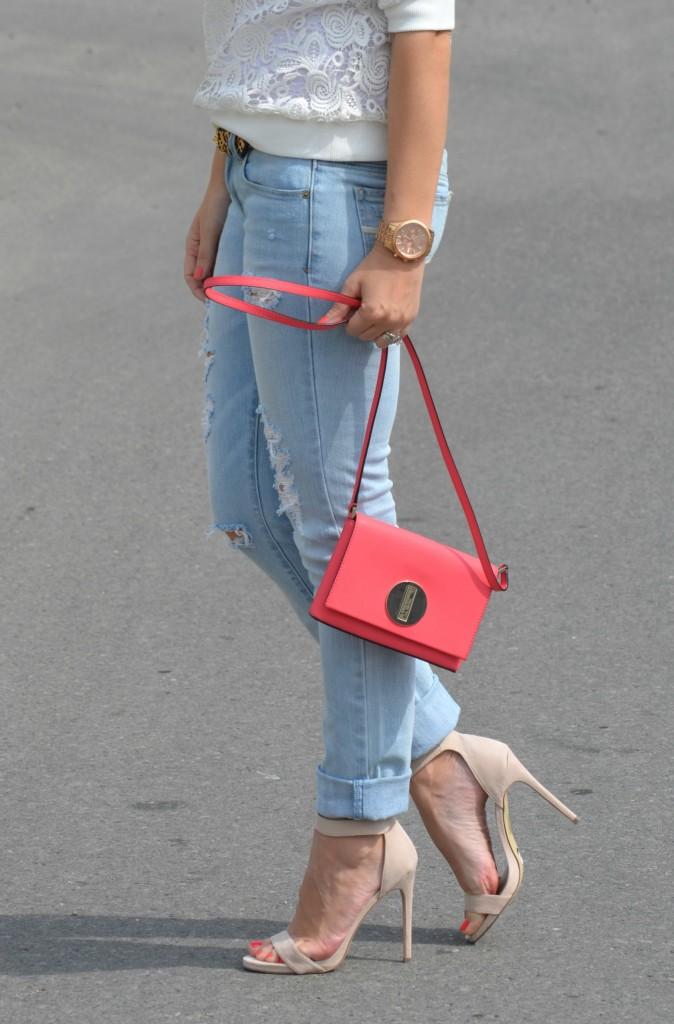 RW & Co white blouse, SelectSpecs sunglasses, tortoise sunglasses, Animal Print Belt, coral kate spade purse, American Eagle skinny jeans, Nude Sandals, Canadian fashionista, Michael kors rose gold watch