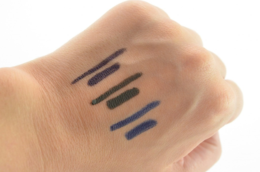Avon Glimmersticks Liqui-Glide Eye Liner review, Avon Glimmersticks, liquid Glide Eye Liner , gel eyeliner, avon eyeliner, canadian beauty blog