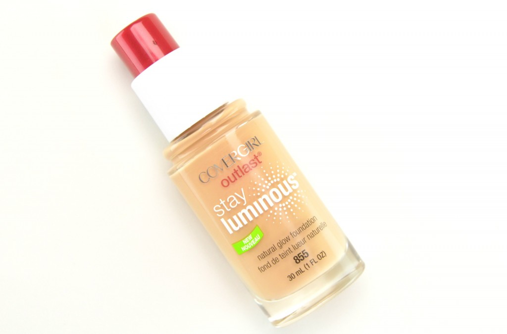 Cover Girl Outlast Stay Luminous Foundation