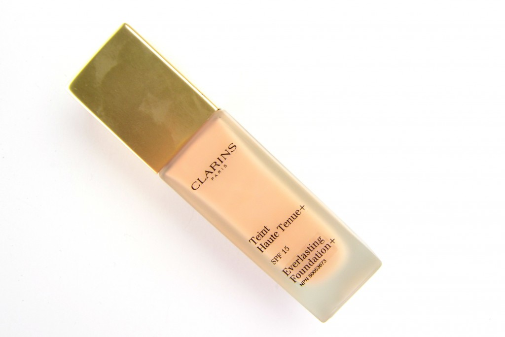 Clarins Everlasting Foundation in shade 102.5 Porcelain