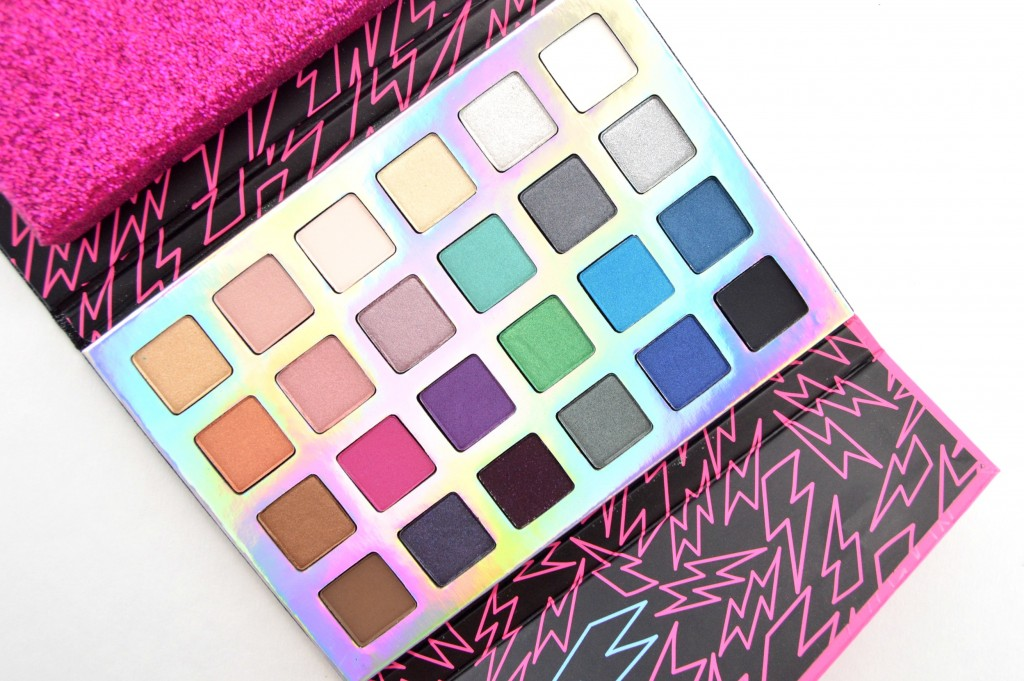 Truly Outrageous Eyeshadow Palette