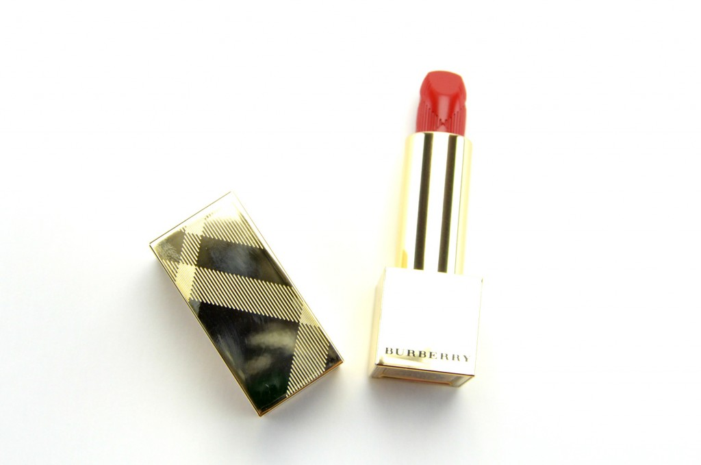 Burberry Kisses Lipstick in Military Red