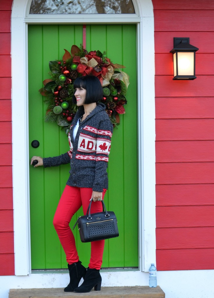 Canada Sweater (1)