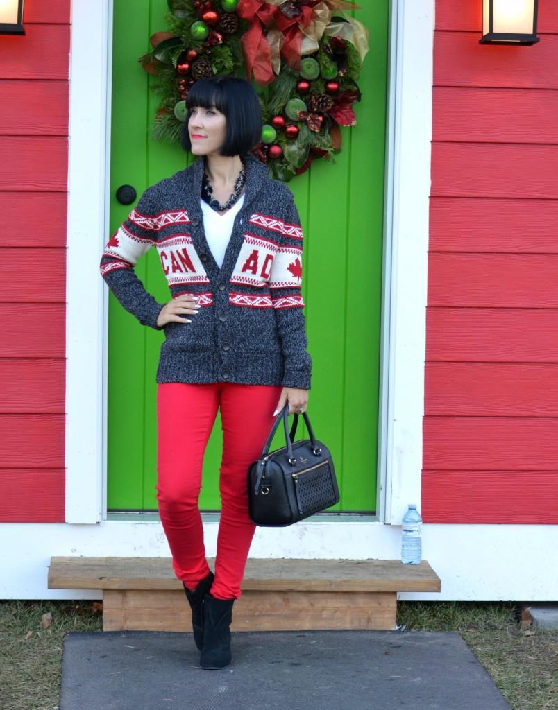 Canada Sweater (3)