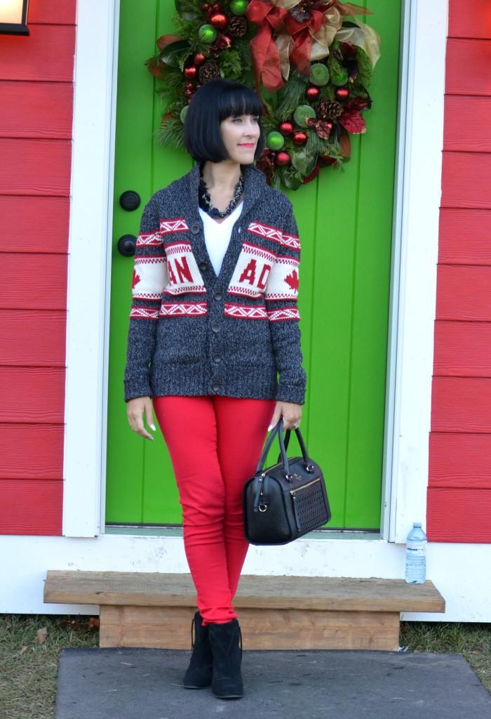 Canada Sweater (4)