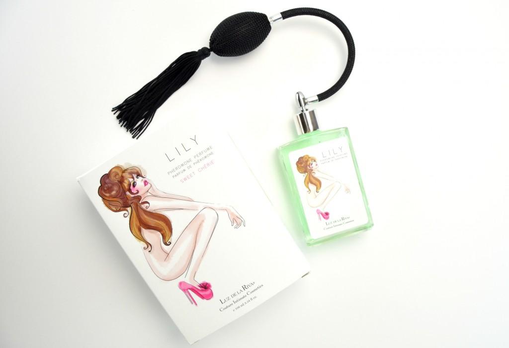 Luz de la Riva LILY Water Base Intimate Pheromone Perfume