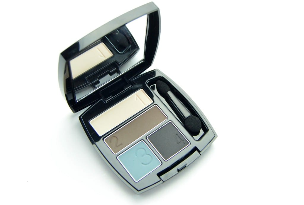 Avon True Color Matte Eyeshadow Quad in Smoke and Fog