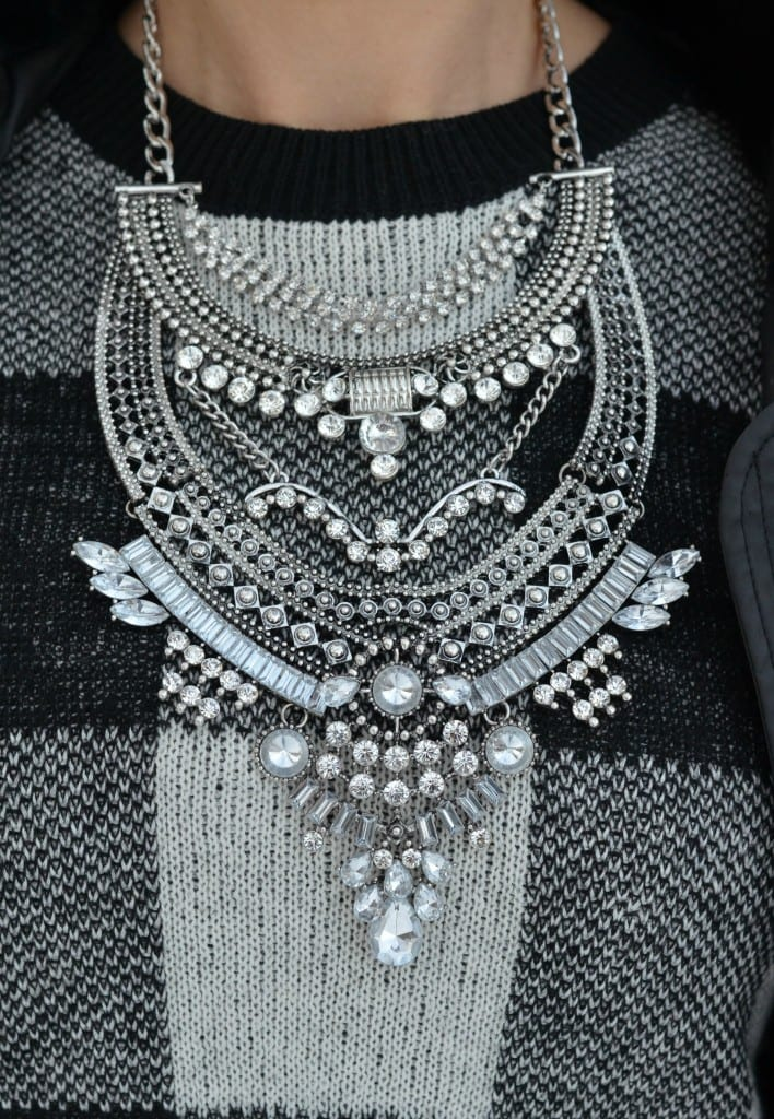 Happiness Boutique Statement Necklace (14)