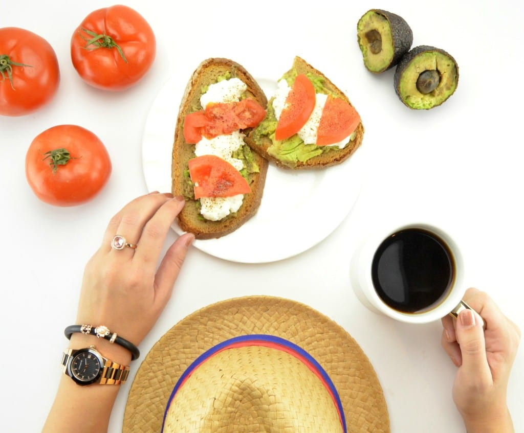 Avocado Toast with Cheese And Tomatoes