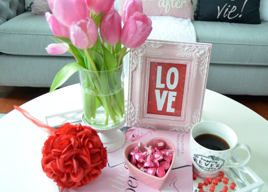 Valentines day home decor the co for Valentine day at home