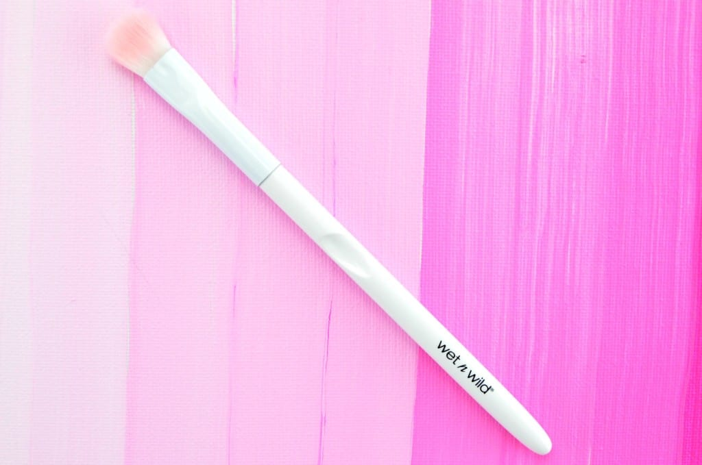 Wet N Wild Large Eyeshadow Brush