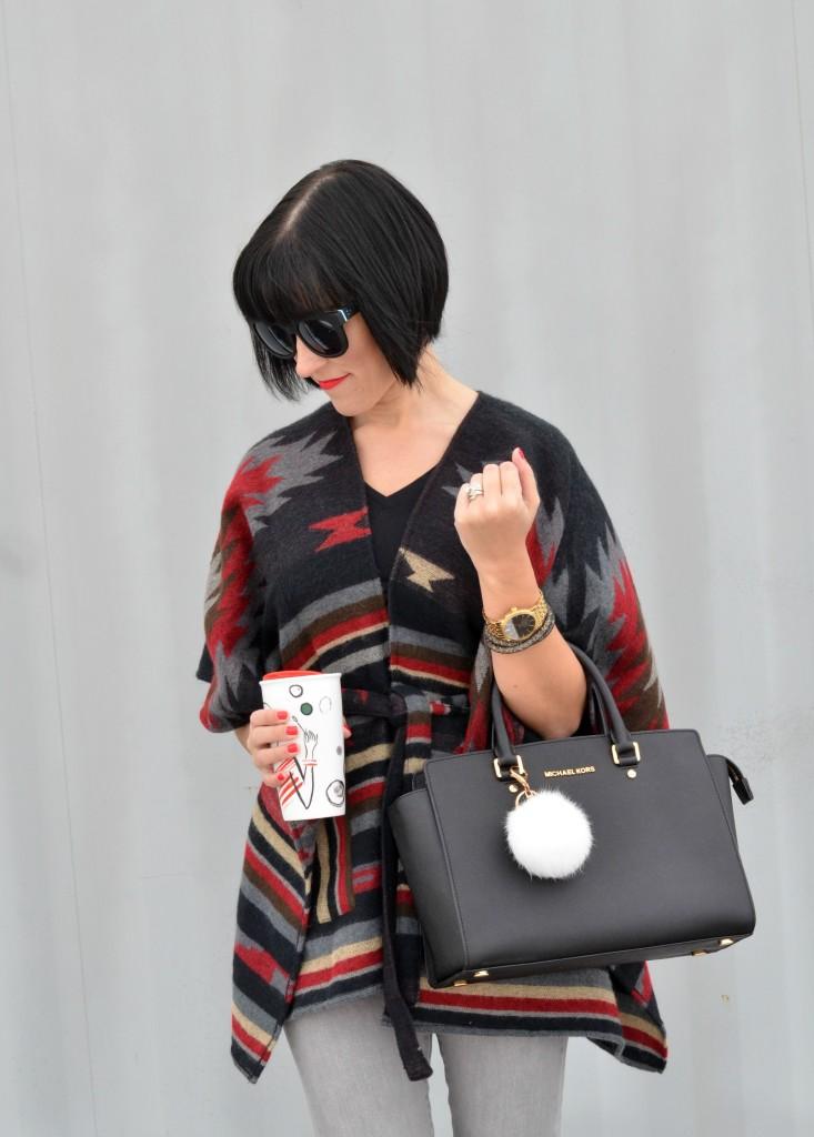 plaid cape, fashionista blog, canadian fashionista