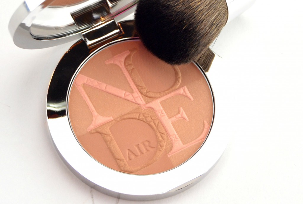 Diorskin Nude Air Glow Powder in 000 Fresh Light