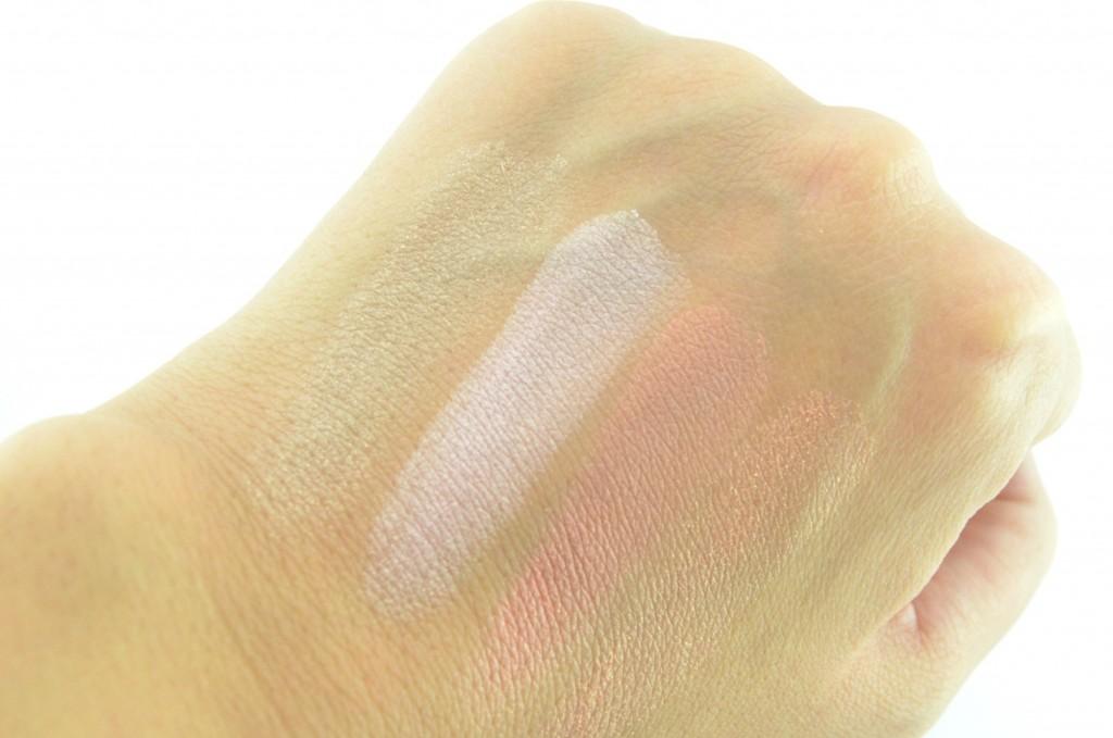 Wet N Wild MegaGlo Illuminating Powder in Catwalk Pink