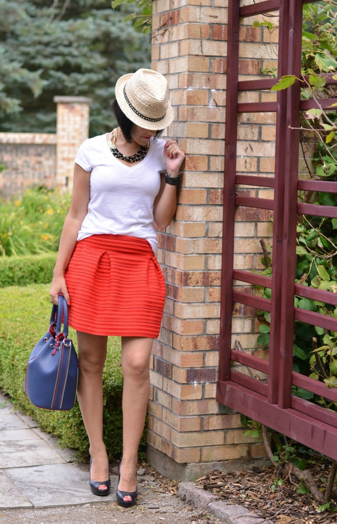 how to style a red skirt