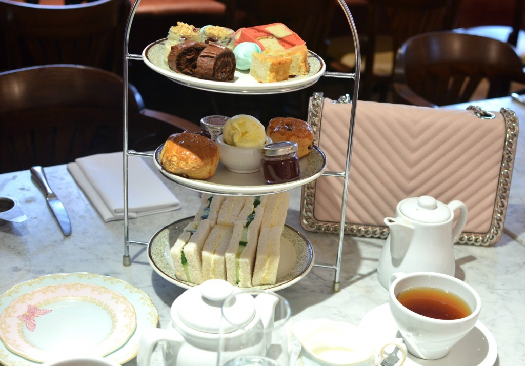 Authentic British Afternoon Tea Experience at the Mandeville Hotel