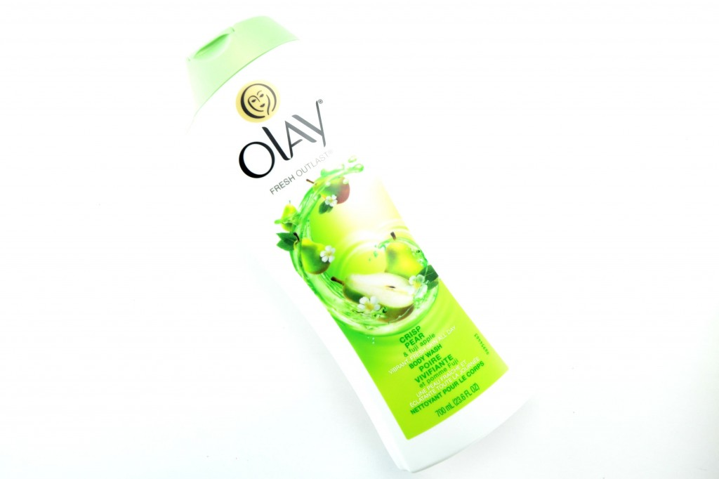 Olay Fresh Outlast Crisp Pear & Fuji Apple Body Wash