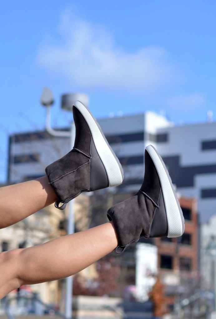 ECCO Ukiuk Boots