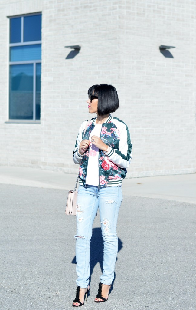 How to wear the bomber jacket
