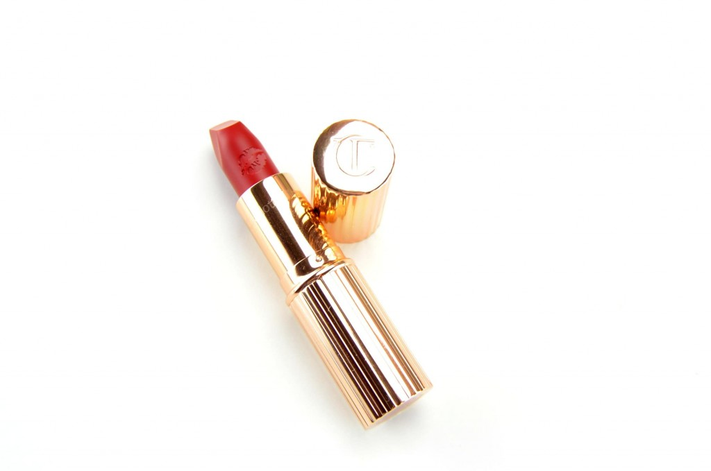 Charlotte Tilbury Hot Lip Lipstick in Carina's Love