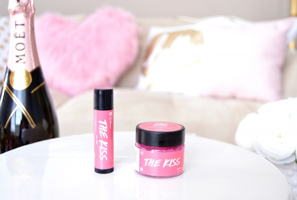LUSH The Kiss Lip Scrub, LUSH, blog Toronto, blog Canada, fashion bloggers Toronto, how to start a fashion blog, hello fashion blog