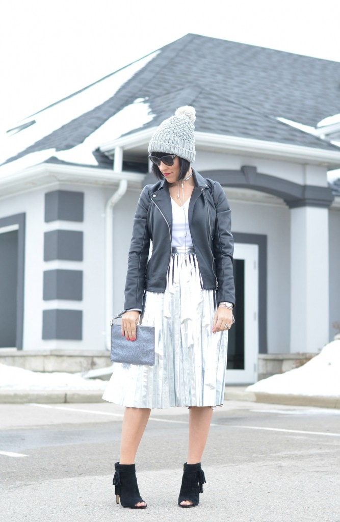grey beanie, grey hat, cable knit hat, grey cable knit hat, blog Toronto, blog Canada, fashion tips, fashion style, fashion bloggers Toronto