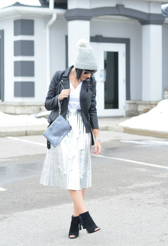 silver skirt, zara skirt, silver metallic skit, zara canada, style blog, blogger, fashion, best blogs, fashion style