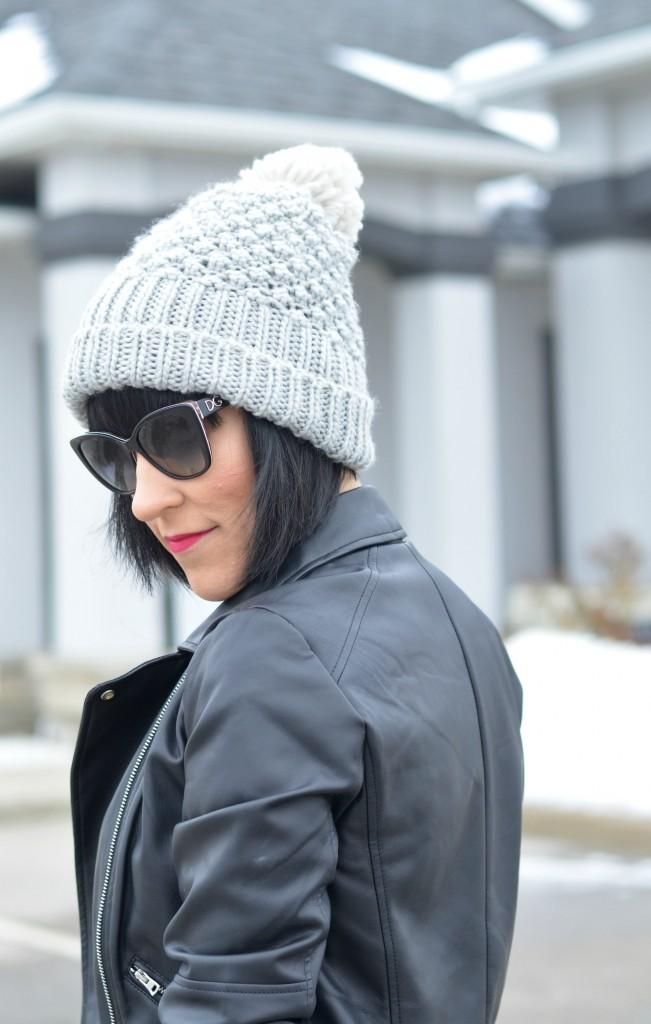 winter hat, canadian winter hat, winter cable knit hat, gre beanie, blog Toronto, blog Canada, fashion tips, fashion style, fashion bloggers Toronto