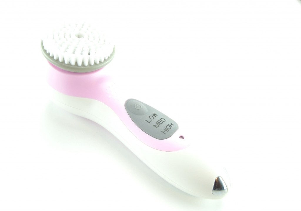 Conair, True Glow Cleansing brush, sonic care, skincare, best fashion blogs, blogger, best blogs, top fashion blogs, online shopping, canadian brands
