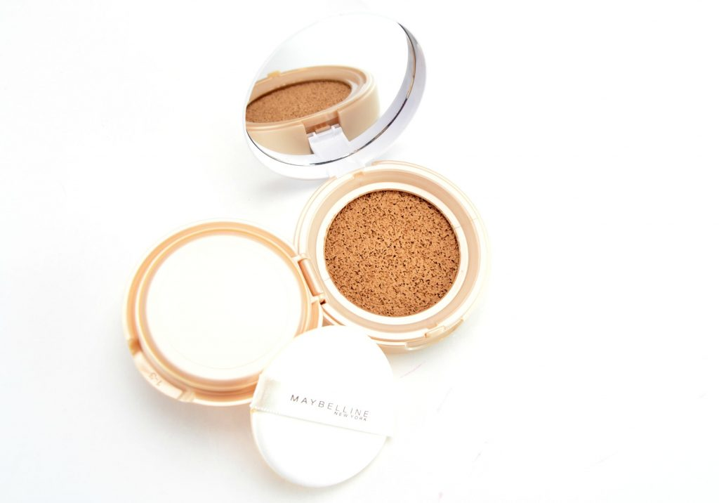 Maybelline Dream Cushion Fresh Face Liquid Foundation On-The-Go, Maybelline Dream Cushion Foundation, maybelline dream, maybelline foundation, maybelline canada, cushion foundation,